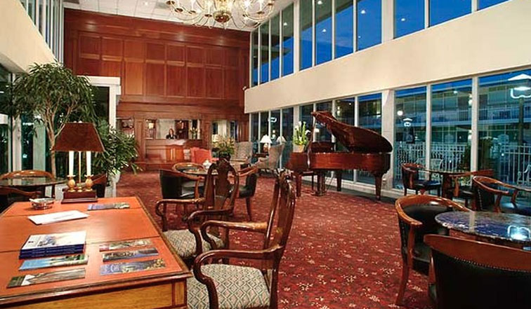 The lobby of the Brandywine Valley Inn in Wilmington, DE